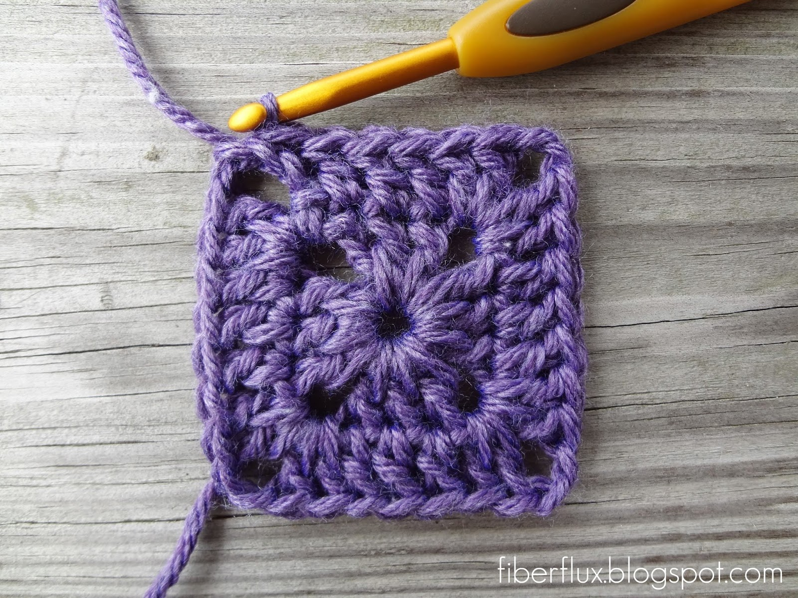 how to close a crochet stitch