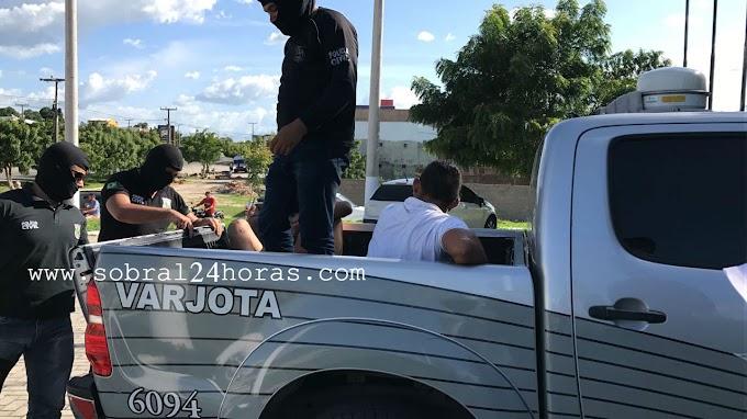POLICIAIS CIVIS DE VARJOTA E PACUJÁ PRENDEM DOIS HOMICIDAS NA CIDADE DE VARJOTA/CE