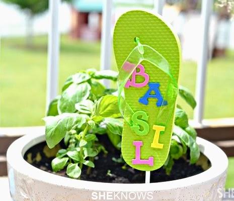 flip flop garden pot marker