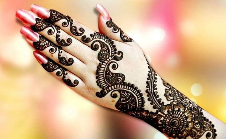 Mehndi Patterns Images : Beautiful mehndi designs latest photo