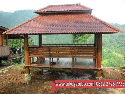Gazebo Persegi Glugu Atap Sirap