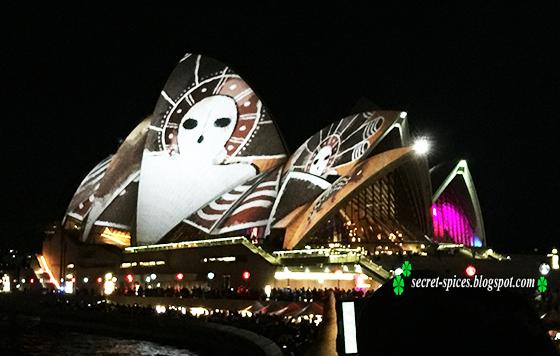 Vivid Sydney 2016, a colorful night of lights