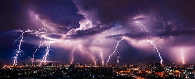 bulk_Lightning_rain