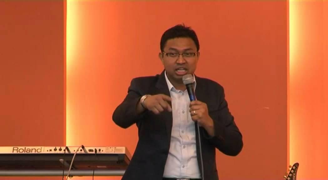 Khrih Palai: Rev. David Lah Le A Fanu ( Pathian Duhdawtnak ...