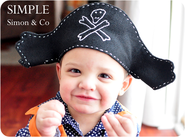A felt pirate hat pattern simple simon and company dont you just love little pirates especially in polka dot pajamas they are the best solutioingenieria Gallery