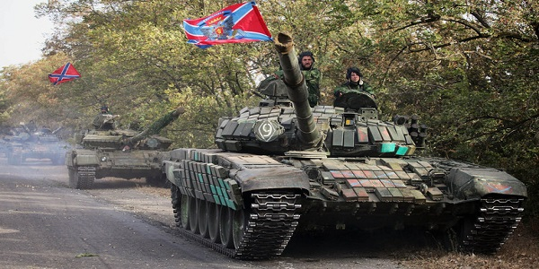 Spetsnaz και S-400 μεταφέρθηκαν στην Κριμαία – Ρωσικά άρματα μάχης αναπτύχθηκαν στα σύνορα με την Ουκρανία – Έτοιμη για επέμβαση η Μόσχα