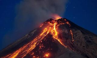 SOS από επιστήμονες: Το ηφαίστειο της Σαντορίνης θα εκραγεί ξανά