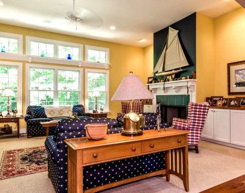 Nautical Decorating with Classic American Charm - Coastal ...