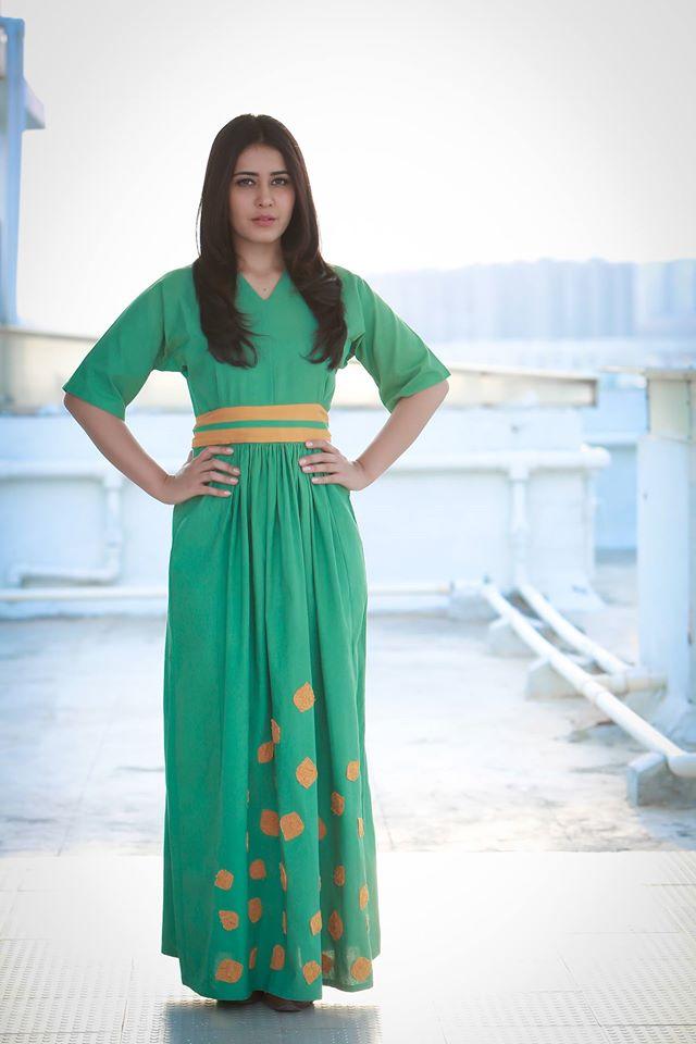 Tollywood Actress Rashi Khanna Photo shoot Stills In Green Dress ❤