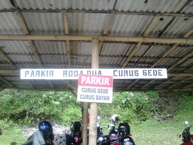 Parkir Jurug Bayan dan Curug Gede