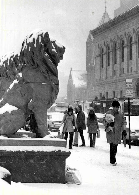 Former, Hotel Kensington, lions, Copley Square, Boston, Massachusetts