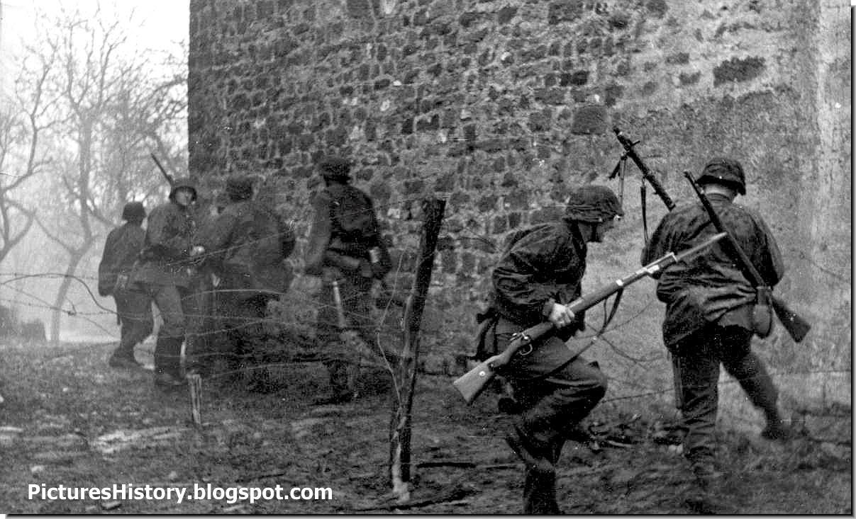 waffen ss soldiers eastern front ww2