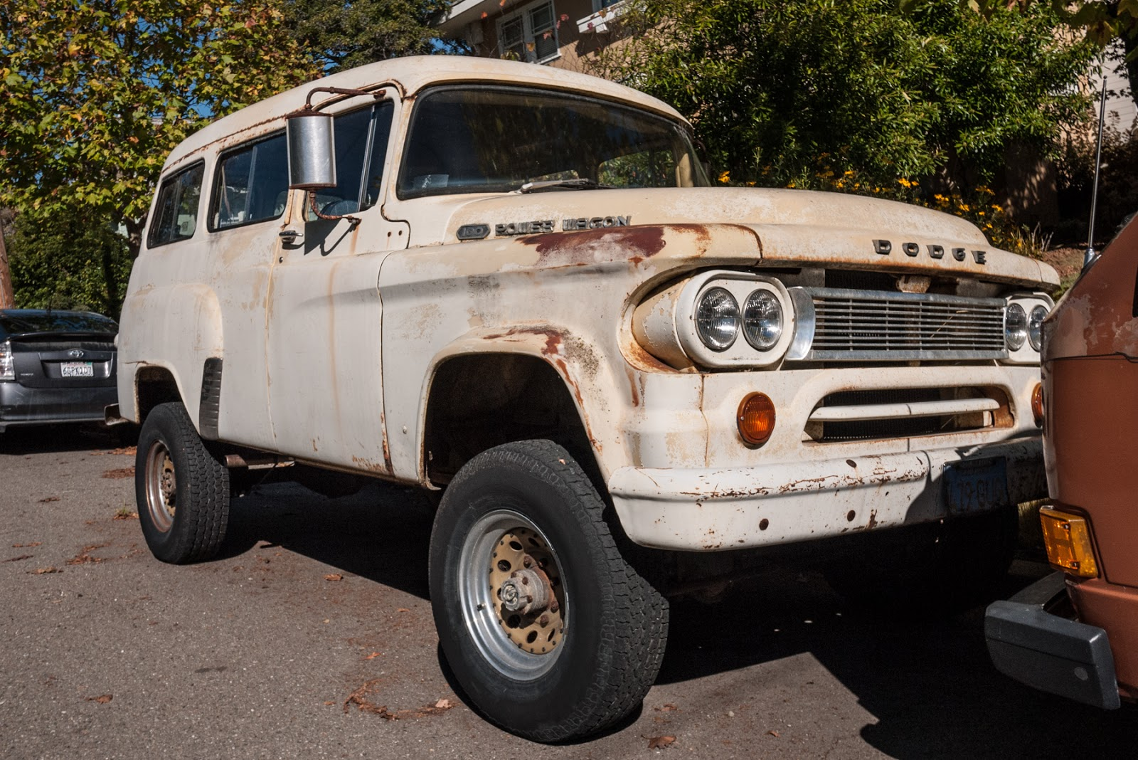 dodge power wagon town wagon for autos post. Black Bedroom Furniture Sets. Home Design Ideas