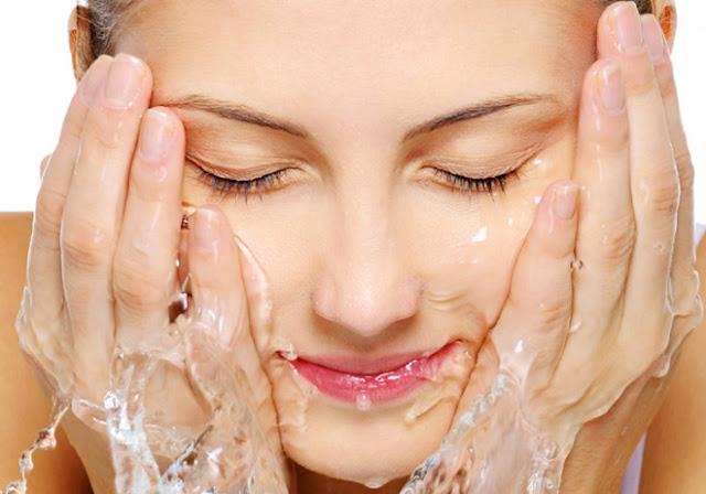 Làm thế nào để da mặt mịn màng hết mụn?