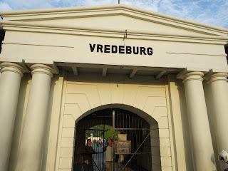 Menjelajah Museum Benteng Vredeburg