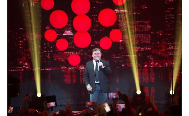 Amado Batista se apresenta na noite de sábado da Expoac em Cacoal