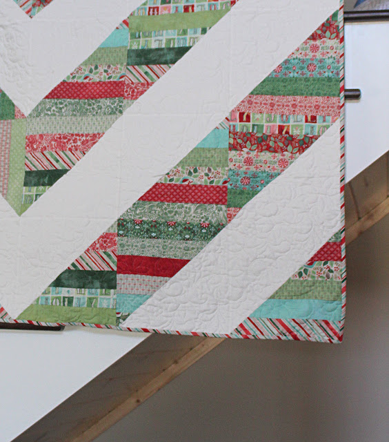 Modern Barn Raising quilt in a Christmas jelly roll