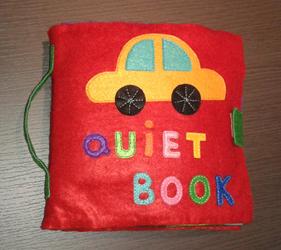 Quiet book de fieltro cosido a mano