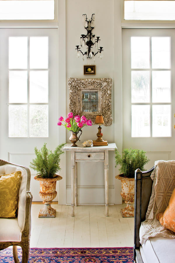 Un cottage creolo shabby chic a New Orleans salotto