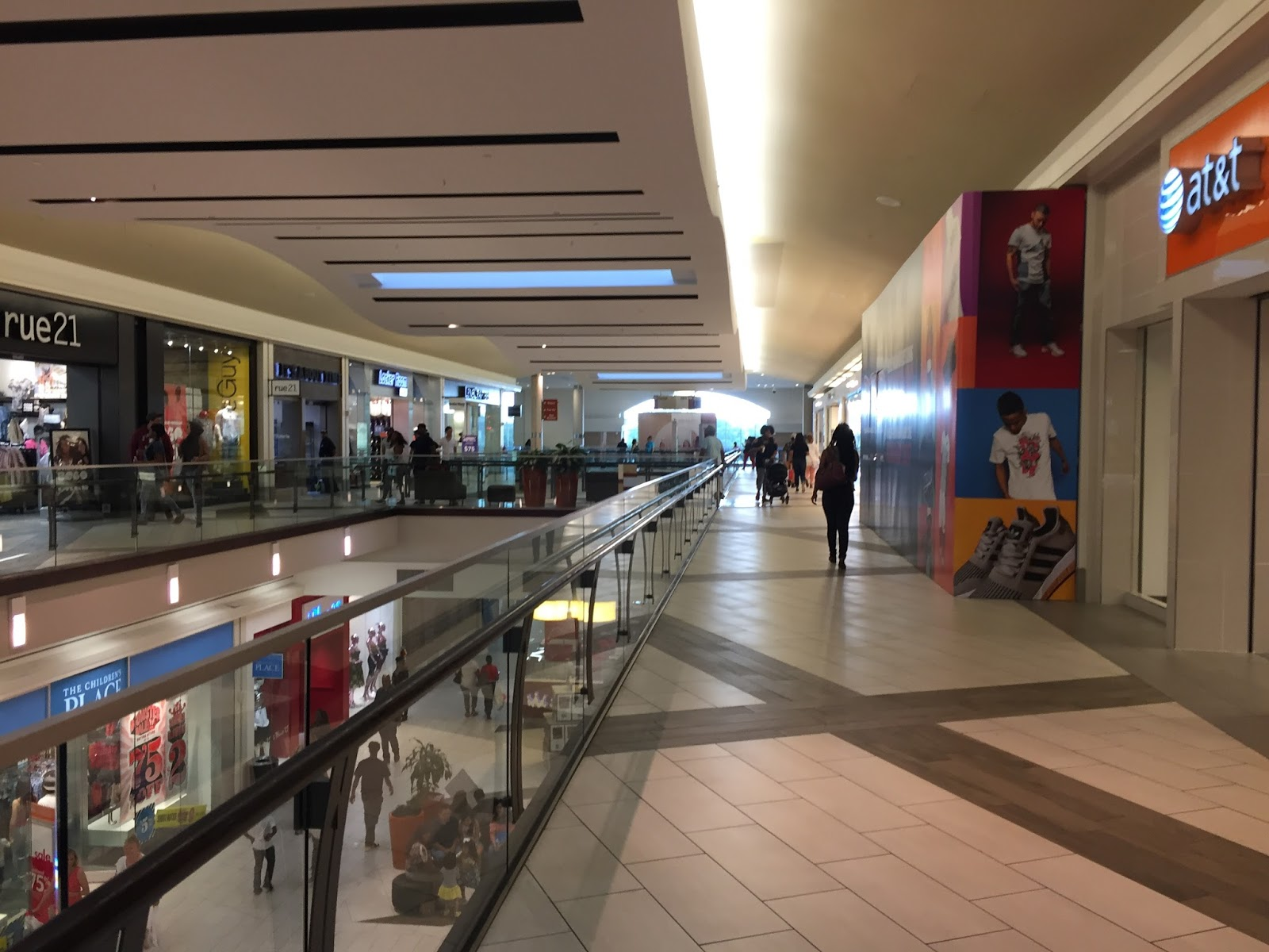 cumberland mall - photo #11