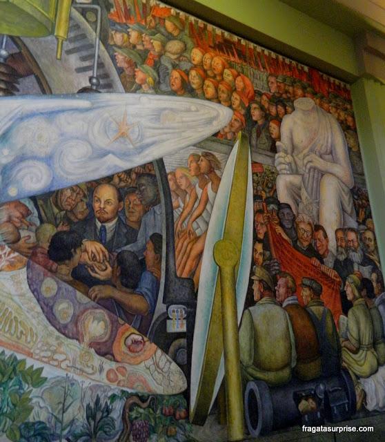 """Mural de Diego Rivera: """"O Homem, controlador do Universo"""""""