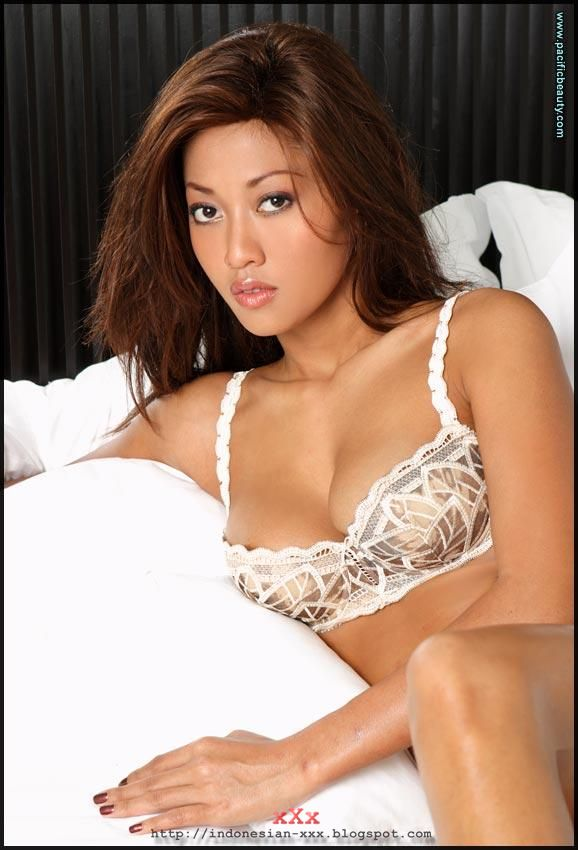Free pictures indonesian porn