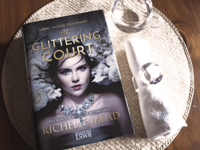 the glittering court richelle mead copertina