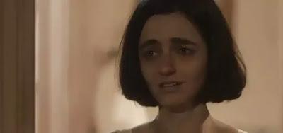 A atriz Julia Stockler em cena