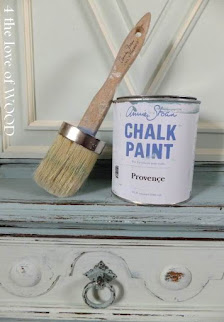 I use Anne Sloan Chalk Paint