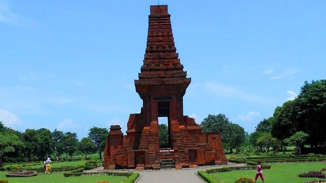 Situs Trowulan Kerajaan Majapahit Mojokerto