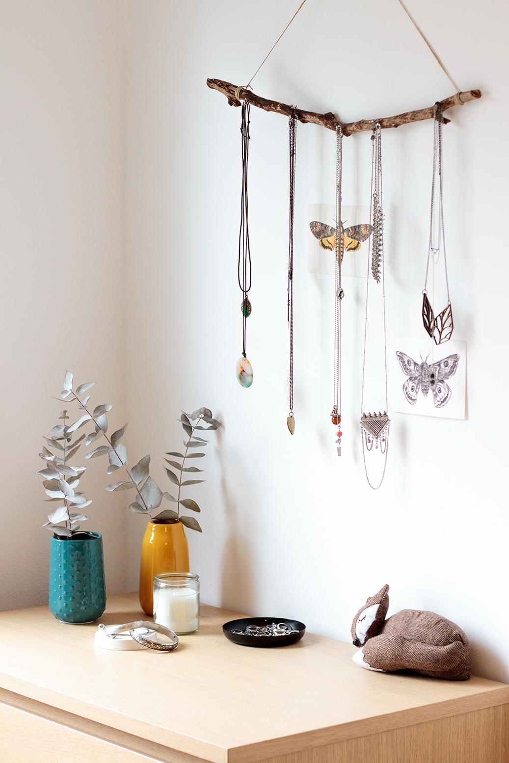 necklaces display