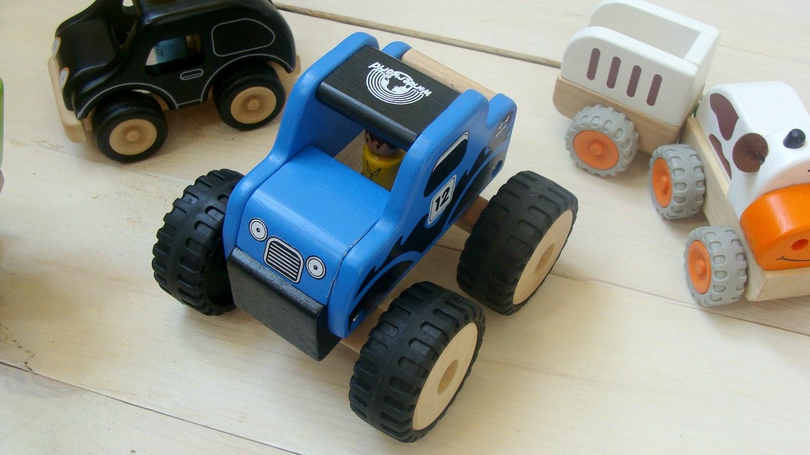 Zabawki drewniane, samochody drewniane, zabawki wonderworld, taxi, laweta, monster truck, drewniany traktor