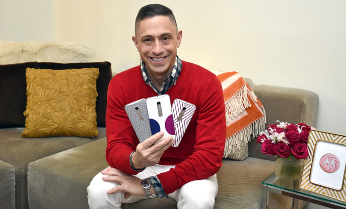 Jonathan Adler Designs a Collection for Moto X Pure Edition and Shares His Holiday Gifting Tips