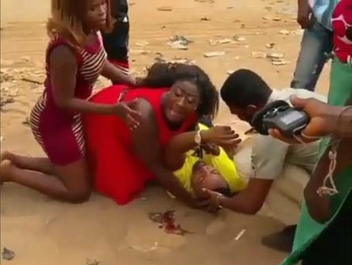 Man Pretends To Be Dead In Accident, Only To Rise & Propose To His Girl - Pics