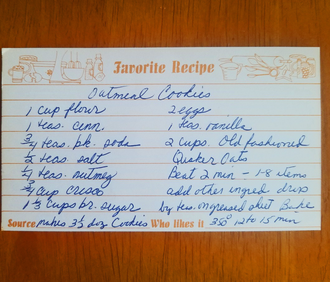 a recipe card for oatmeal cookies mom's recipe for old fashioned crisp cookies