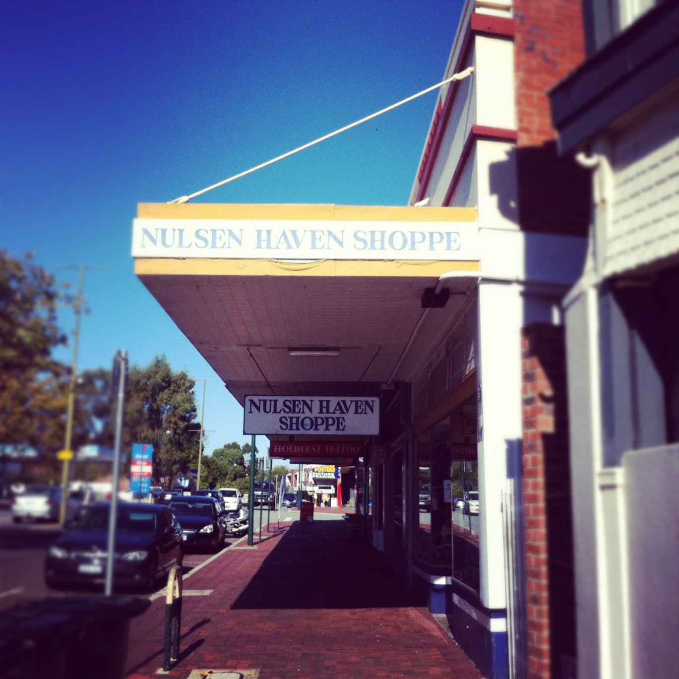 Be What You Be – Nulsen Haven Victoria Park Op Shop Review