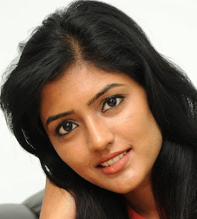Beautiful Hyderabadi Girl Eesha Rebba Oily Face Close Up Stills (1)