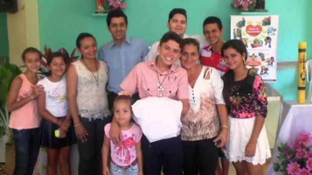 Jovens missionários da Diocese de Patos (PB) realizam Missão durante a Semana Santa