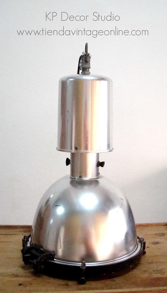 Lámpara de techo vintage antigua industrial de gran tamaño y formato