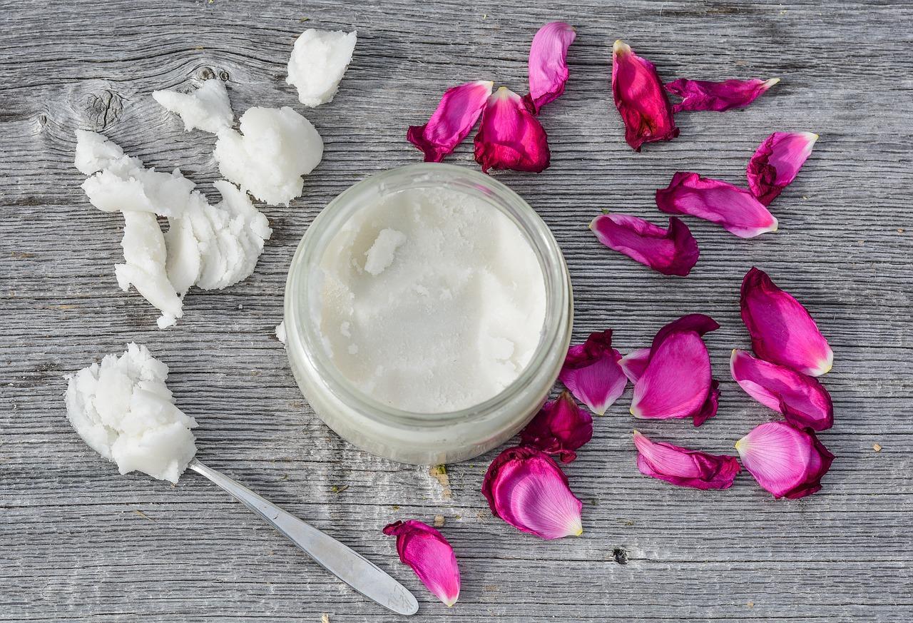 Sssanie oleju- sposób na totalną detoksykację, zdrowie i śnieżnobiałe zęby.