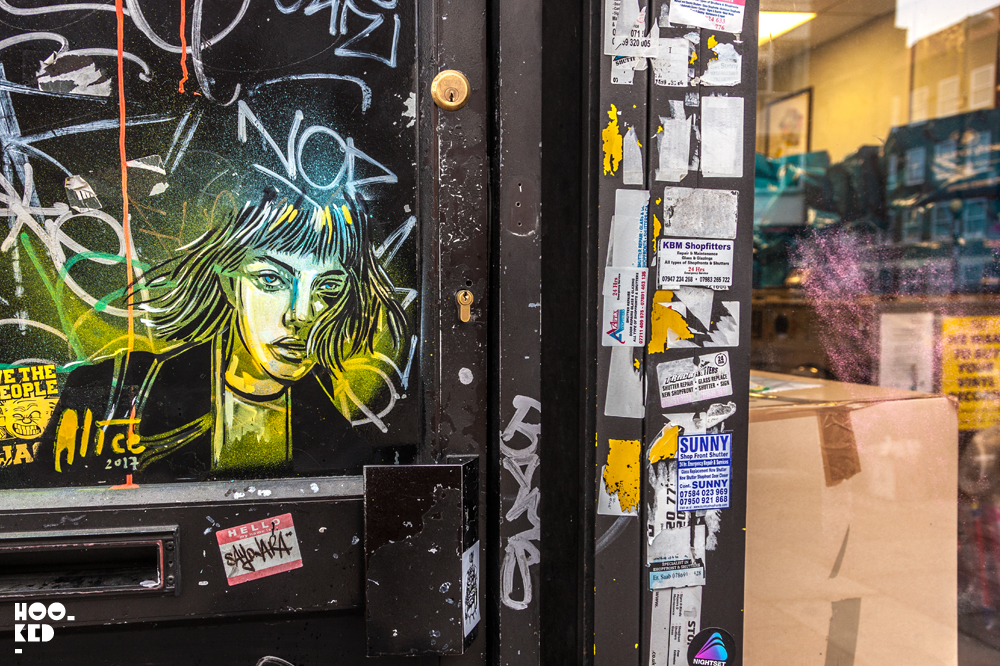 Alice Pasquini, Street Art in Shoreditch, London. Photo ©Hookedblog / Mark Rigney