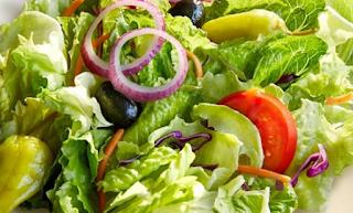 Alasan Kenapa Harus Makan Salad