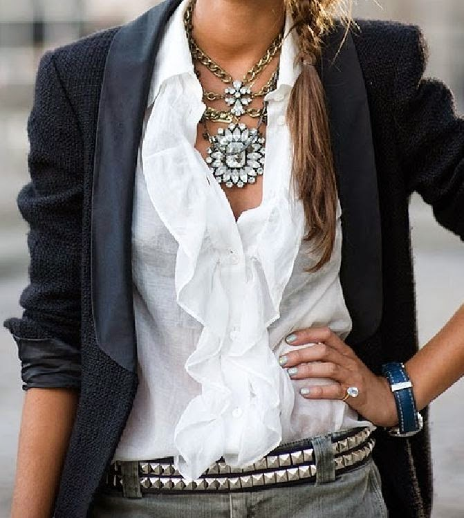 Beautiful white ruffled blouse. - Fashion Trends For All