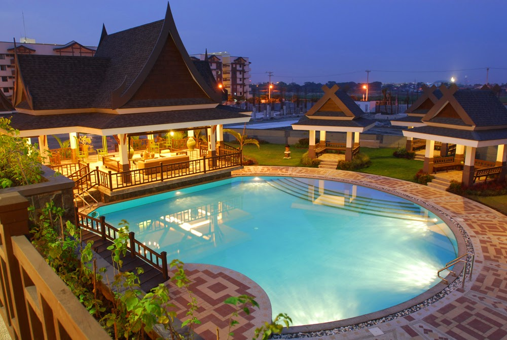 Royal Palm Residences Leisure Pool