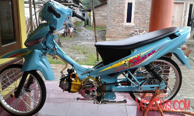 Vega ZR Biru Muda Modif Simple Ban Cacing