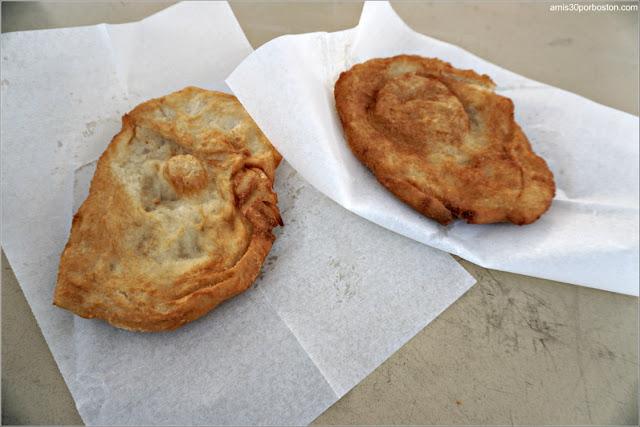 Fried Dough de la Old Newbury Bonfire
