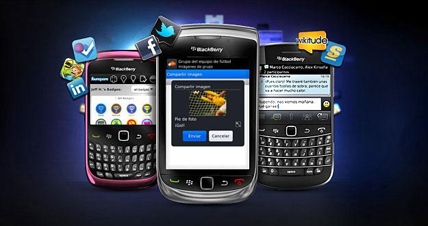 """La mensajería instantánea en los móviles sigue subiendo como la espuma. Su uso crece día a día y se puede decir que estamos ante una de las """"killer application"""" de los últimos tiempos. Un entorno en el que WhatsApp y BlackBerry Messenger compiten de una forma clara. WhastApp apuesta por la sencillez y practicidad, pero sin los tintes de seguridad y privacidad que ofrece BlackBerry. Veamos qué ofrece cada uno de ellos en un pormenorizado análisis.WhatsApp es un sistema de mensajería que ha corrido como la pólvora en los últimos. Nacida al calor de un famoso fondo de inversión, Sequoia"""