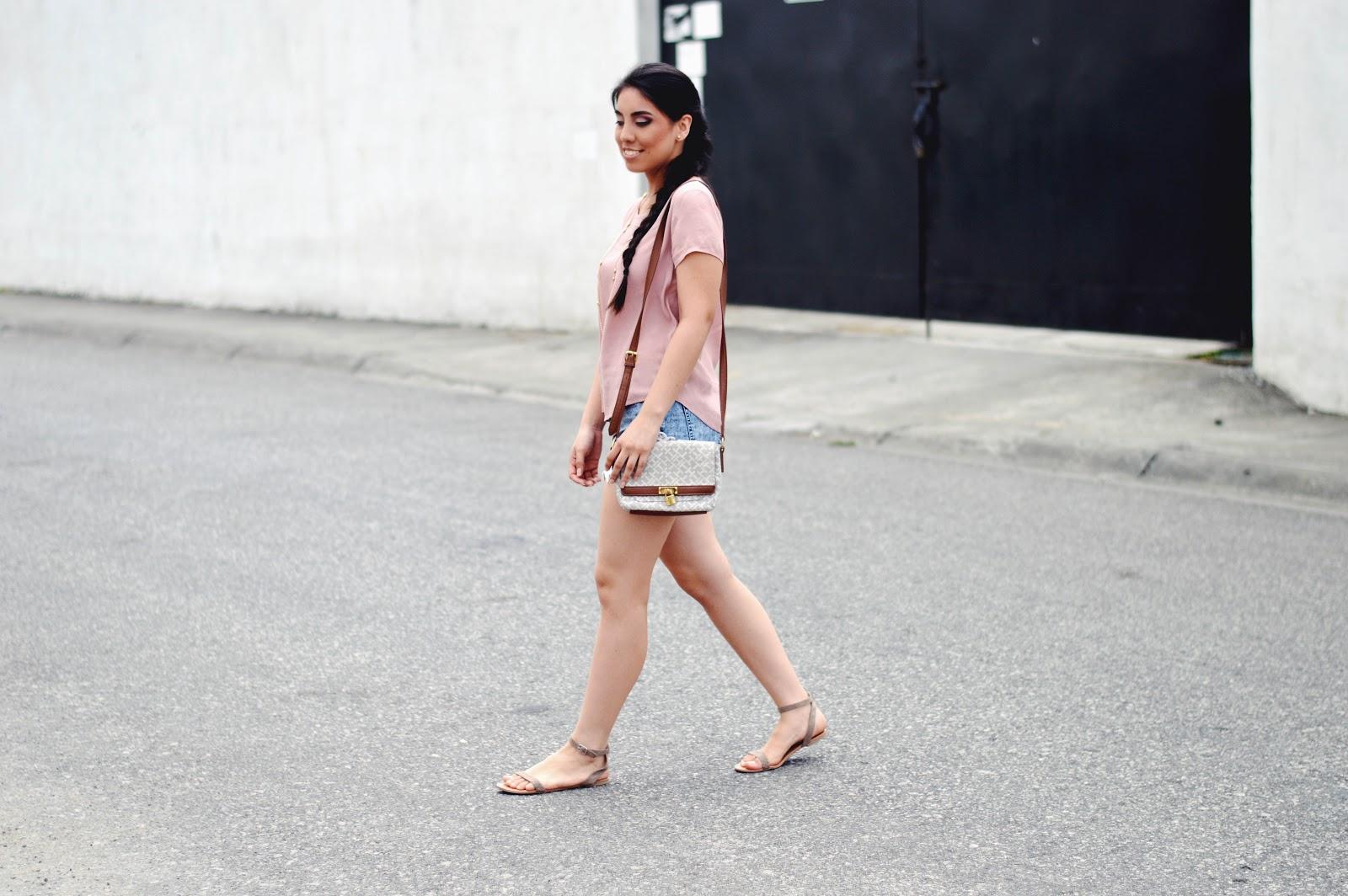 silvia-armas-simple-beauty-pink-denim-fashion-makeup-latina-blogger-ecuador