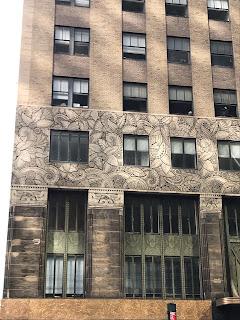 Façade Art Deco