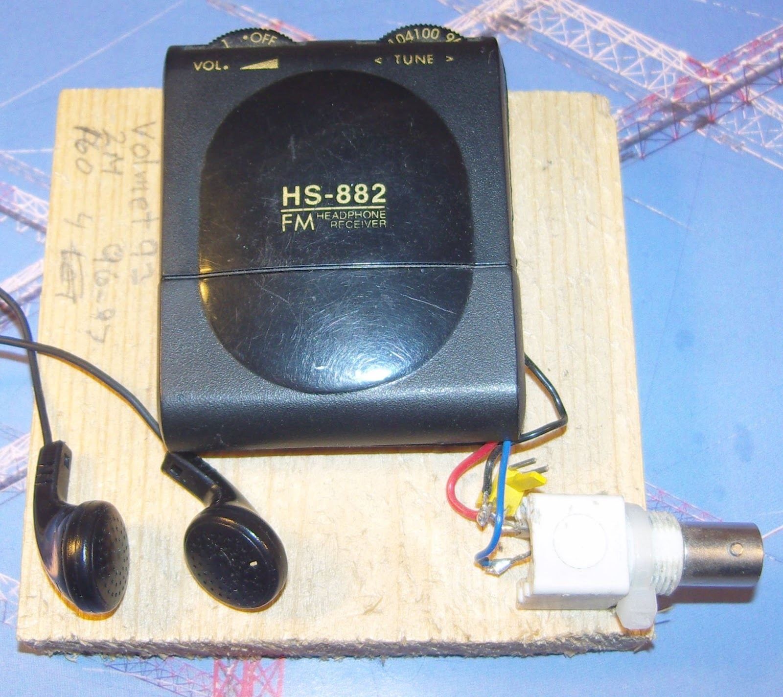 LA3ZA Radio & Electronics: How to make a very cheap VHF receiver